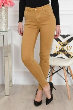 Spalvoti džinsai MUSTARD colored jeans