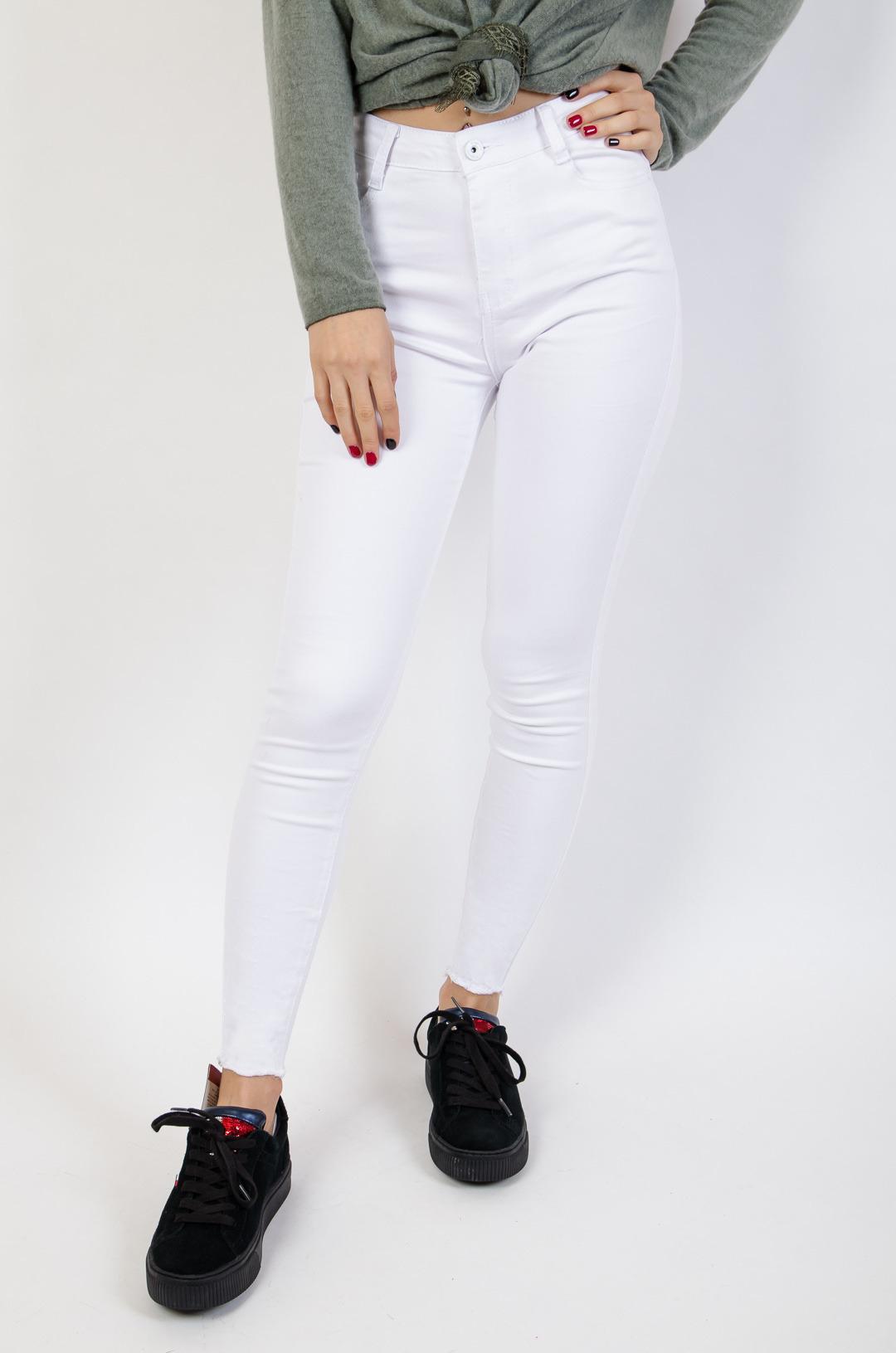 Balti klasikiniai džinsai WHITE CUT END jeans