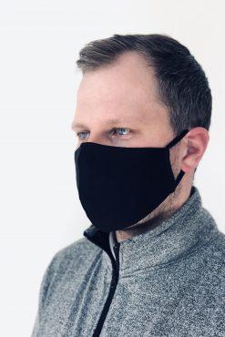 Dvigubo sluoksnio trikotažinės DAUGKARTINIO NAUDOJIMO apsauginės kaukės JUODOS|madosvardas.lt